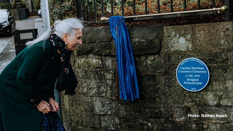 Lady Dunraven unveils Blue Plaque in Bridgend